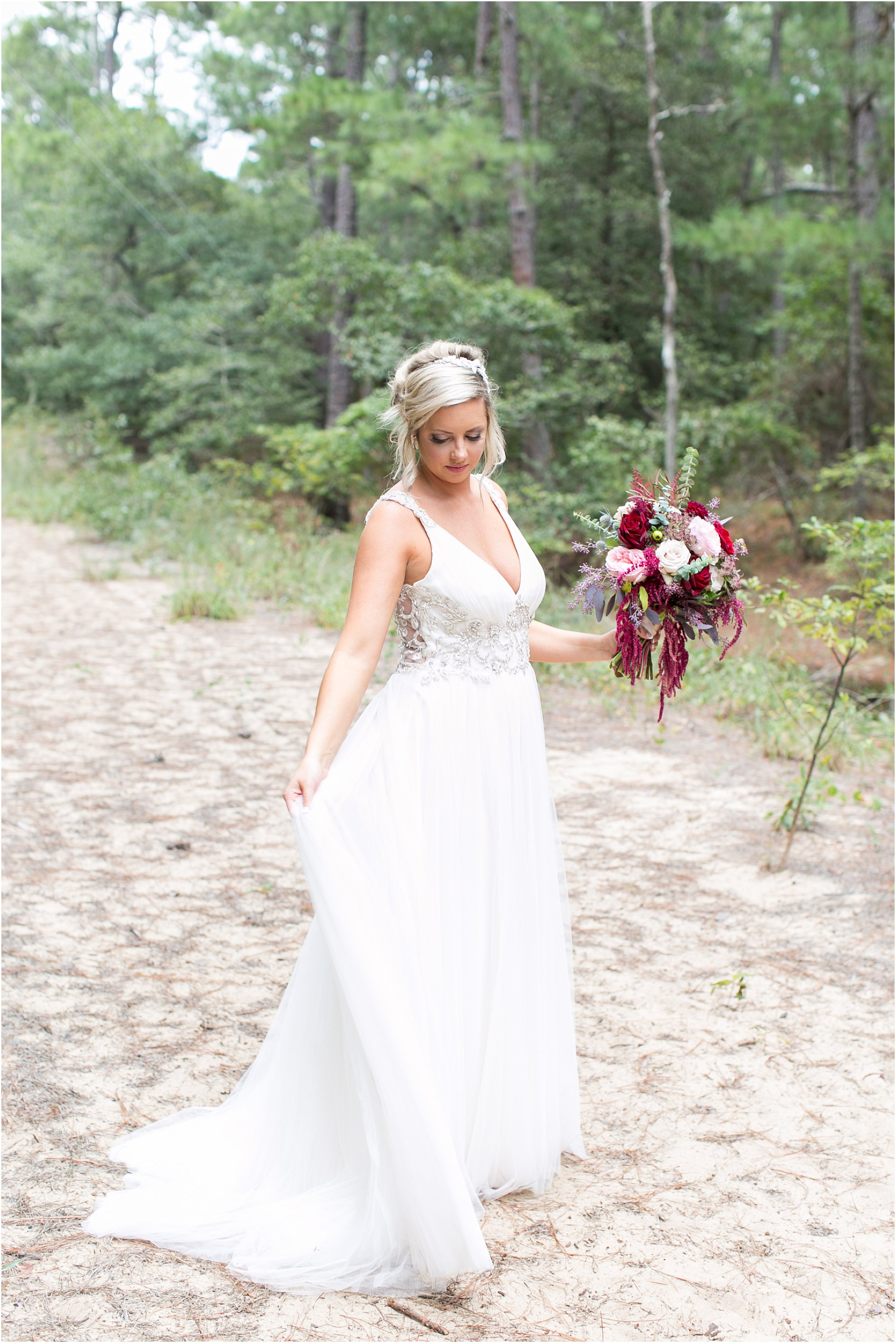 jessica_ryan_photography_virginia_wedding_photographer_candid_authentic_hampton_roads_wedding_photography_marina_shores_yacht_club_first_landing_state_park_woodland_theme_garden_3297