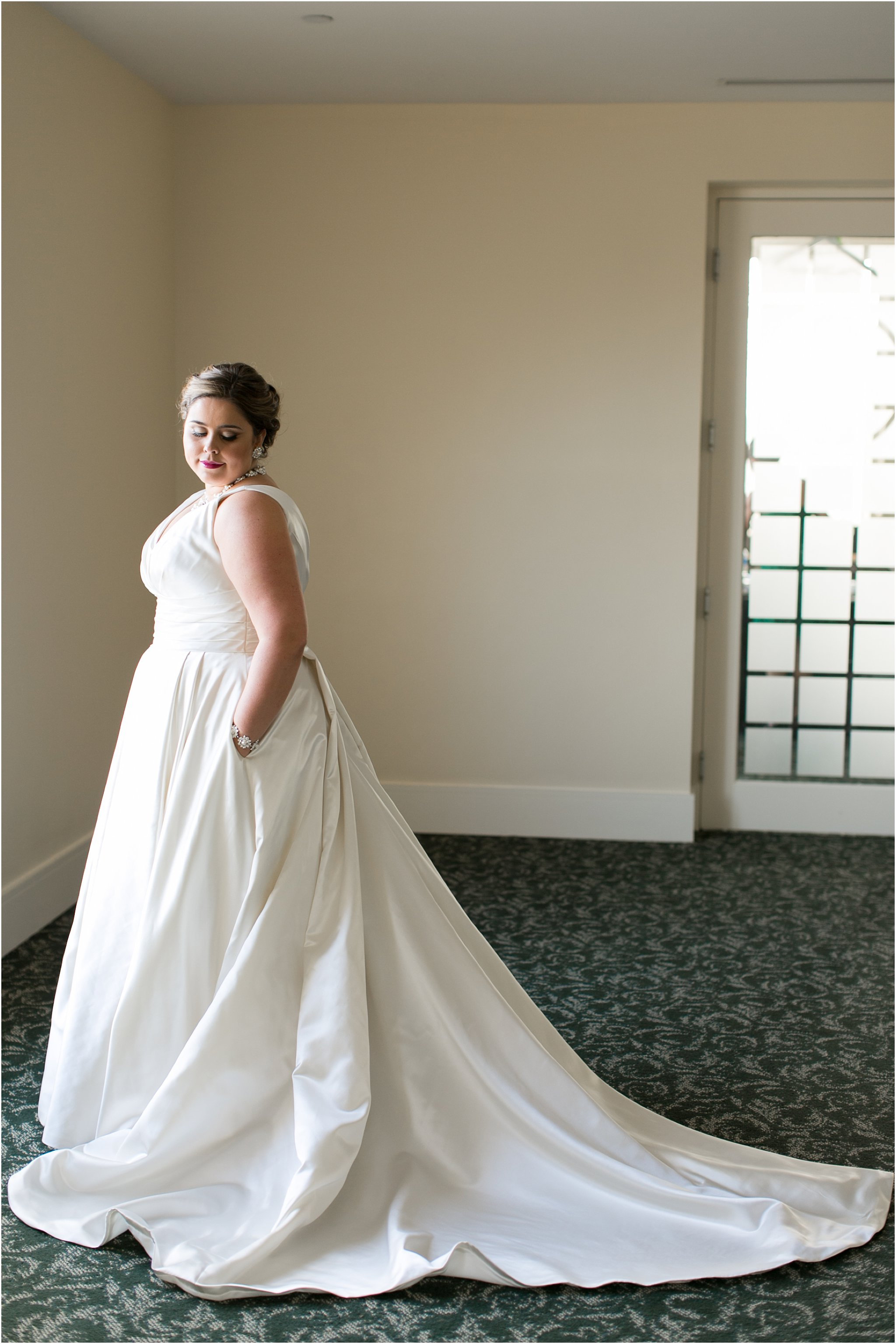 va_jessica_ryan_photography_virginia_wedding_norfolk_harrison_opera_house_norfolk_arts_district_portraits_3768