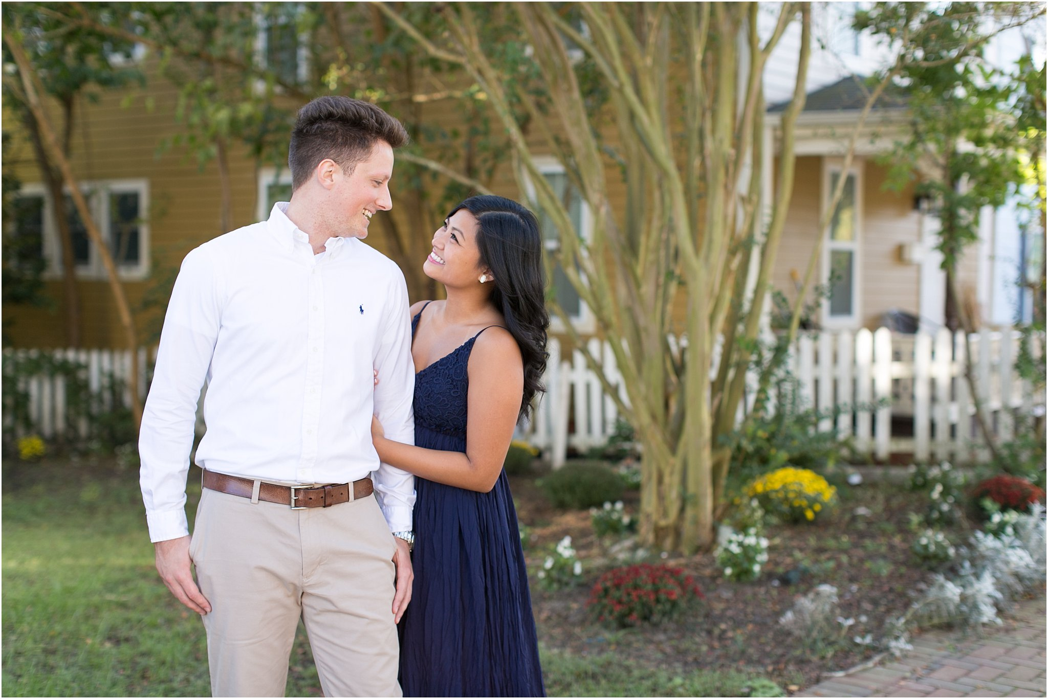 jessica_ryan_photography_virginia_smithfield_historical_downtown_engagement_portraits_candid_authentic_3695