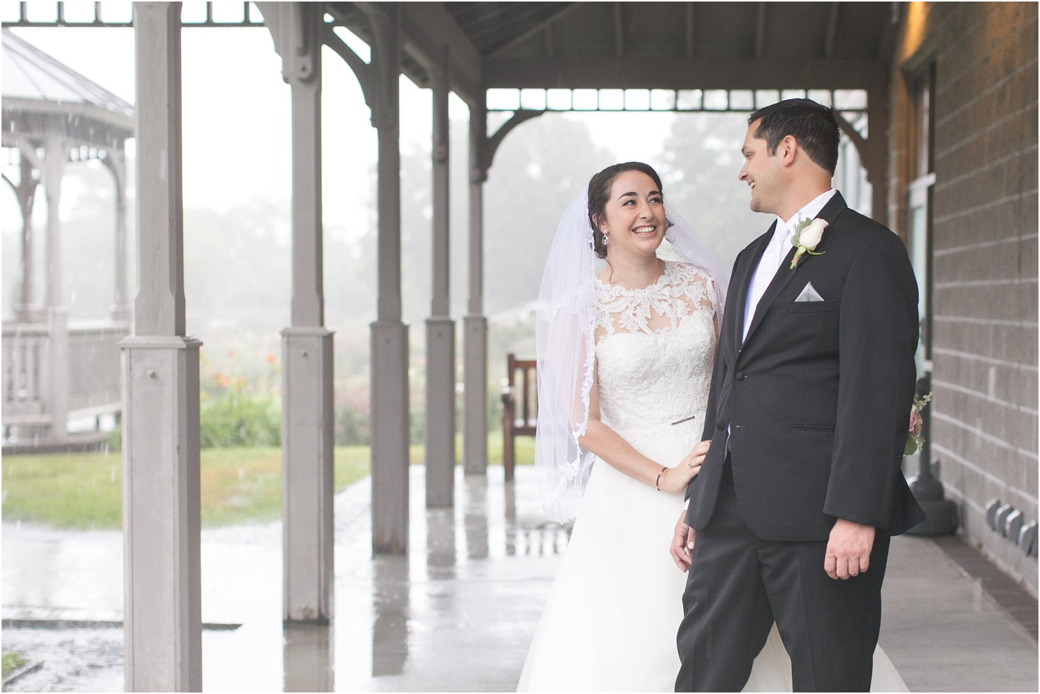 jessica_ryan_photography_virginia_wedding_photographer_wedding_hurricane_norfolk_botanical_gardens_hurricane_matthew_wedding_3563