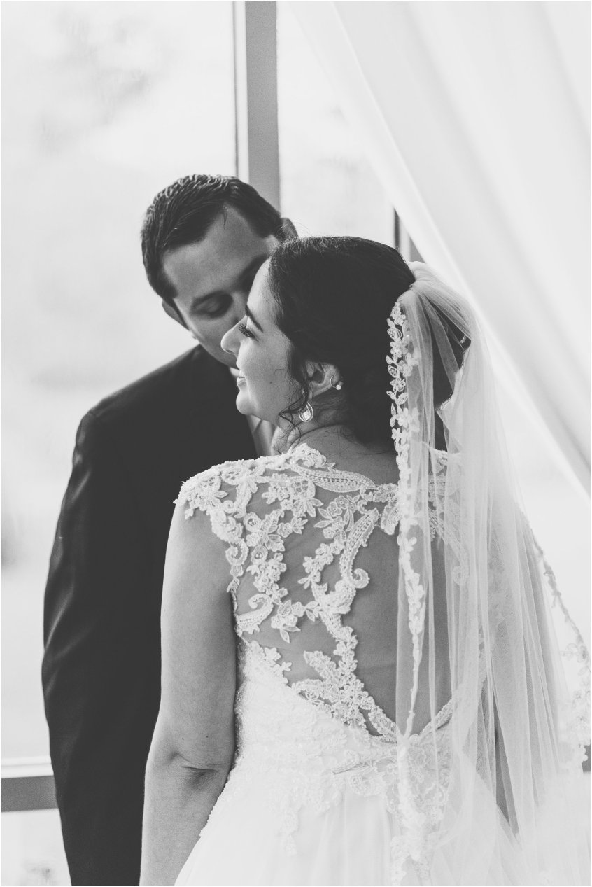 jessica_ryan_photography_virginia_wedding_photographer_wedding_hurricane_norfolk_botanical_gardens_hurricane_matthew_wedding_3569