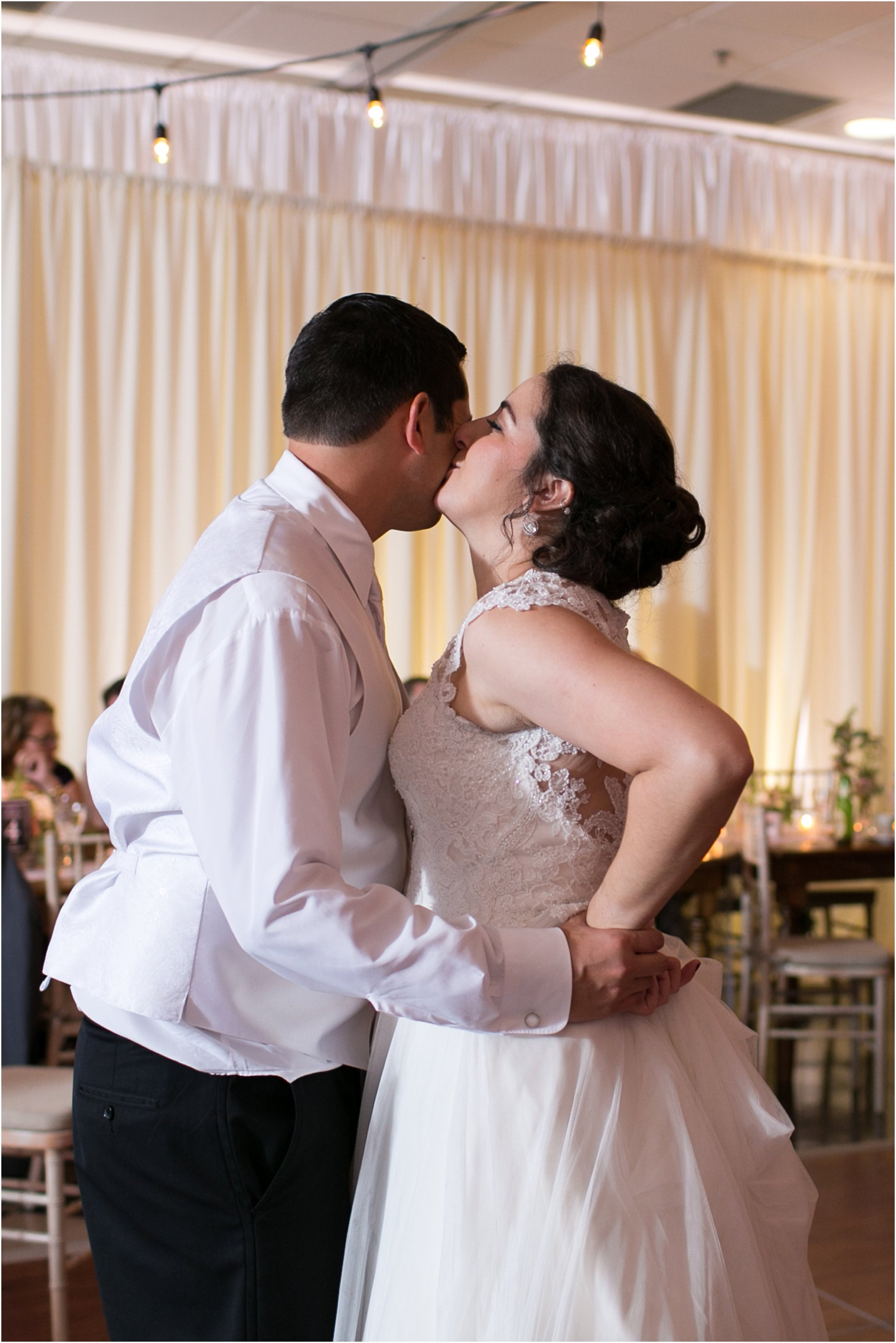 jessica_ryan_photography_virginia_wedding_photographer_wedding_hurricane_norfolk_botanical_gardens_hurricane_matthew_wedding_3650
