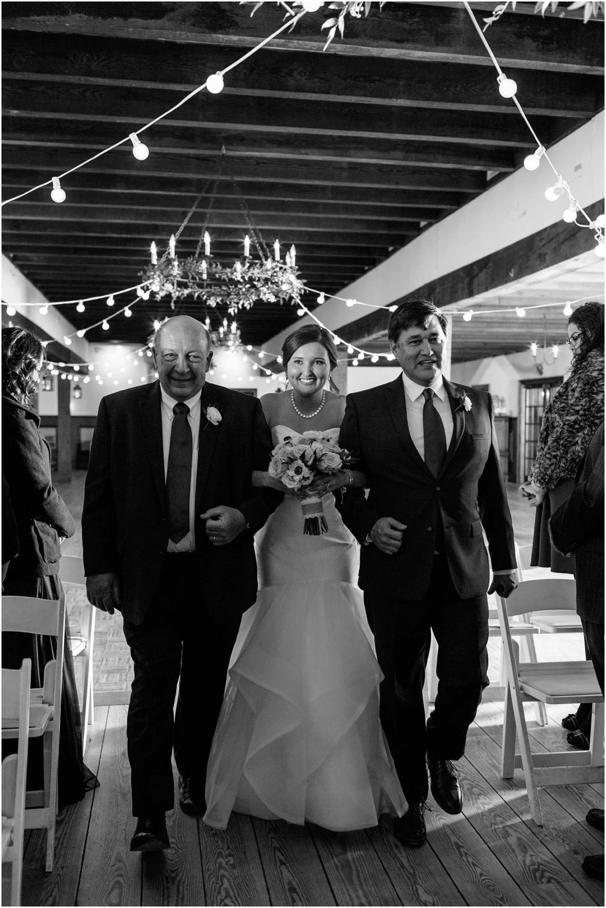 jessicaryanphotography_williamsburg_winery_virginia_wedding_photography__0241