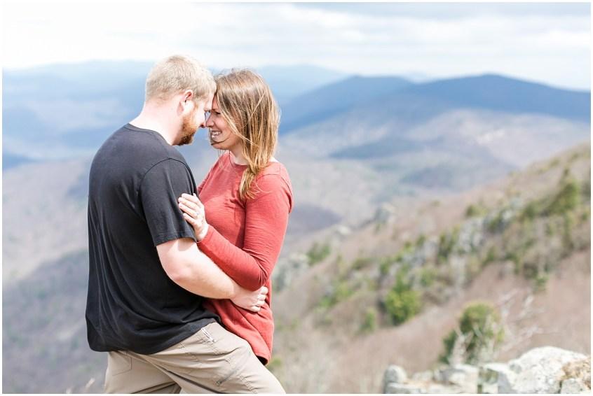 skyline drive virginia blue ridge parkway couple adventure photography jessica ryan photography stony man mountain