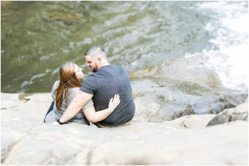 Jessica_ryan_photography_virginia_adventure_sessions_blue_ridge_mountains_couple_1198