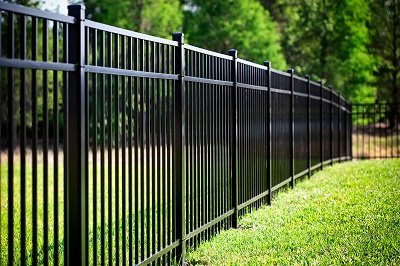 image of a fence to symbolize healthy boundaries in relationships