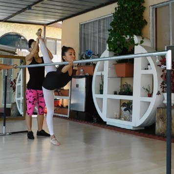Jessy Ariaz - Dance Classes with Maritza