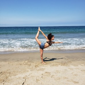 Jessy Ariaz - Yoga Pose at the beach