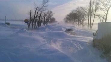 Narzekasz na zimę za oknem? Gdy zobaczysz tę śniegową apokalipsę, docenisz miejsce, w którym mieszkasz!