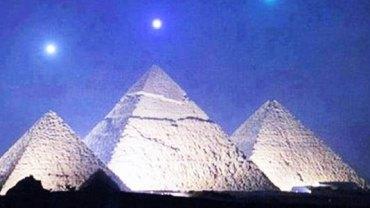 Będziesz w szoku, gdy przeczytasz te zaskakujące teorie dotyczące egipskich piramid!