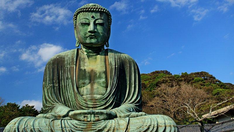 Mnich nie zakończył medytacji, nawet kiedy biegły na niego dzikie słonie. Chciał osiągnąć spokój