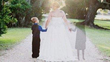 Historia Amandy oraz jej ślubnych fotografii porusza ludzi na całym świecie, ukazując nieskończoną miłość matki do dziecka