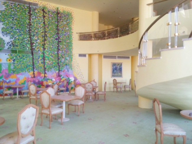 deserted-complex-raouf-hotels-10