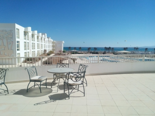 deserted-complex-raouf-hotels-3