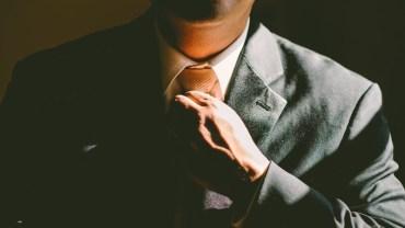 Chcesz uchodzić za gentlemana? Sprawdź, co powinieneś robić, by zasłużyć na takie miano