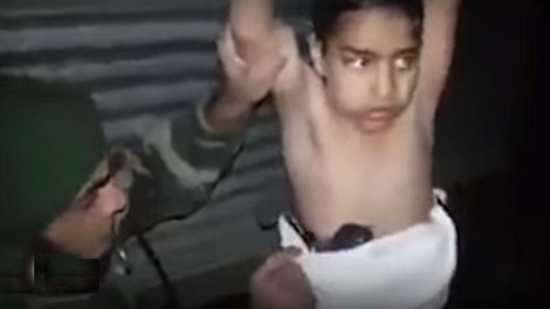 Uwagę irackich żołnierzy zwrócił kilkuletni chłopczyk przebywający z uchodźcami. Szybko okazało, że dziecko ma na sobie pas szahida!