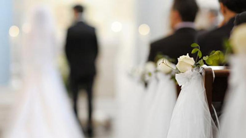 """""""Jeżeli ktoś zna powód, dla którego to małżeństwo nie może być zawarte..."""". Zastanawialiście się kiedyś, co się stanie, gdy ktoś wyrazi sprzeciw wobec małżeństwa?"""