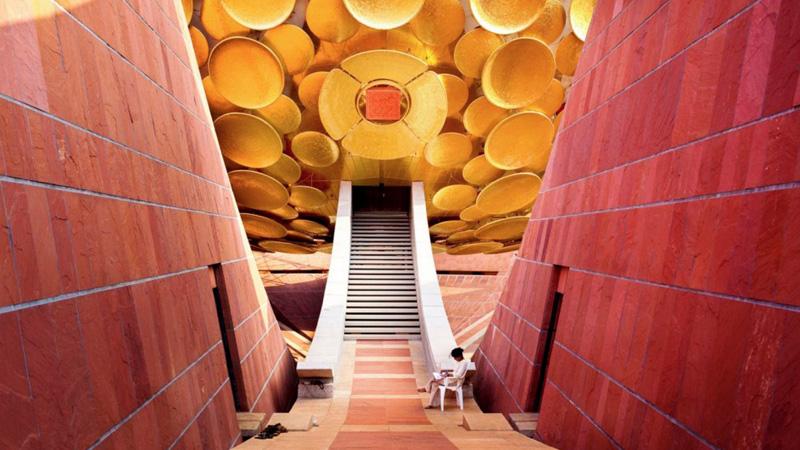 W Auroville mieszka 2,5 tys. ludzi z różnych krajów. Nie potrzebują polityki, religii ani pieniędzy, by być szczęśliwym. Idylla, czy utopia?