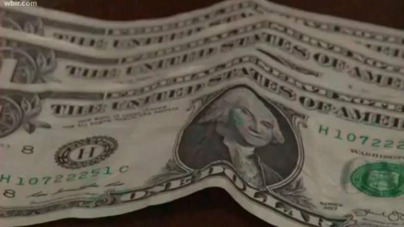9-latek dowiedział się, że prezydent Trump zarobi tylko 1 dolara w rok, rozbił więc skarbonkę i wysłał głowie państwa swe oszczędności