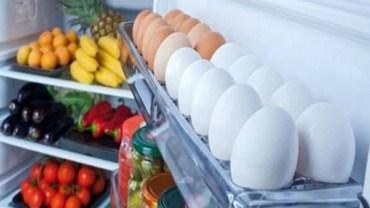 Trzymasz jajka na drzwiach od lodówki? Popełniasz ogromny błąd, który może cię sporo kosztować!
