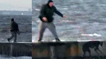 Okrutny mężczyzna wrzucił psa do oceanu i wyciąga go za szyję na smyczy. Co trzeba mieć w głowie, żeby tak torturować ufnego przyjaciela?!
