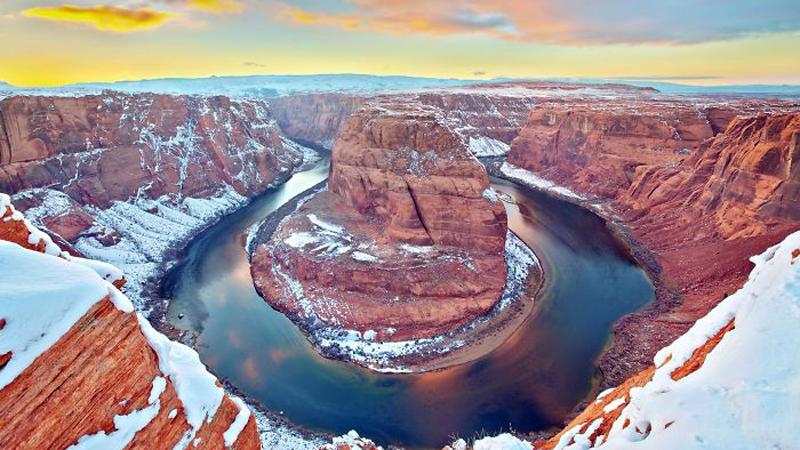Kultowy Wielki Kanion cały w śniegu. Obok takich widoków nie można przejść obojętnie