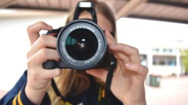 Schroniska dla zwierząt masowo wykupują drogie aparaty fotograficzne. Gdy dowiesz się po co, będziesz zbierać szczękę z podłogi