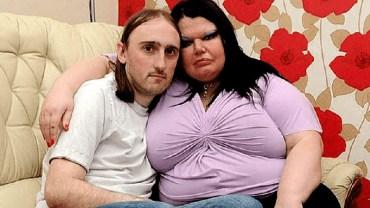 """""""Bije — wtedy kocha"""": mąż najbardziej zazdrosnej kobiety na świecie opowiada o swoim życiu. Aż mam ciarki na plecach..."""