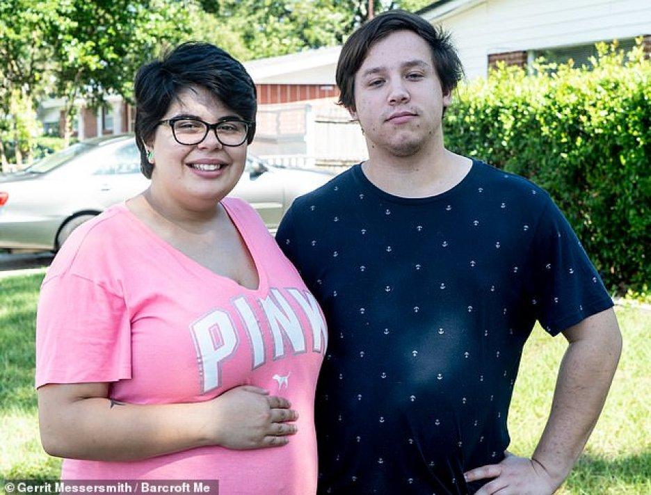 """20-latka zaszła w ciążę z jednym ze swoich 4 partnerów! Dziecko ma być """"wspólne"""""""