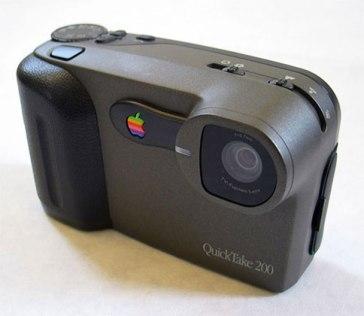 Apple-Quicktake-1
