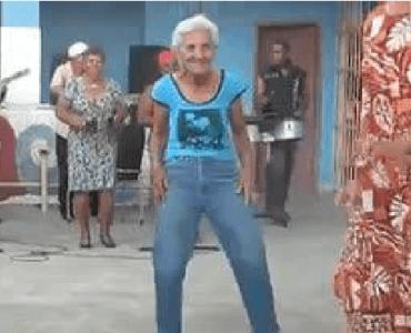 El baile de la abuela ! 5