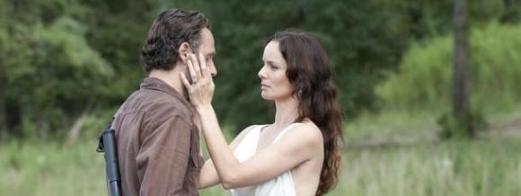 The Walking Dead Saison 3 - Scène coupée de Lori en zombie
