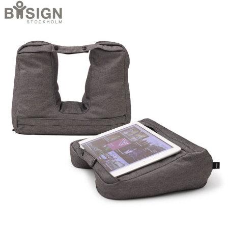 Test du support 2-en-1 pour tablette et coussin de voyage 1