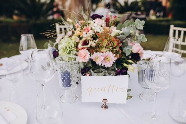 numéros-de-table-de-calligraphie-en-italien-pour-mariage-en-sicile
