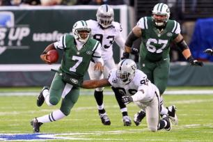 hc-raiders-at-jets-web-1208-20131208-001