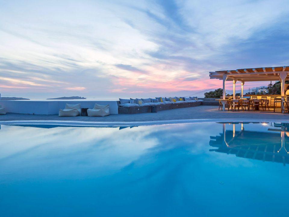 10 Beste en Mooiste Luxe hotels op de eilanden van Griekenland