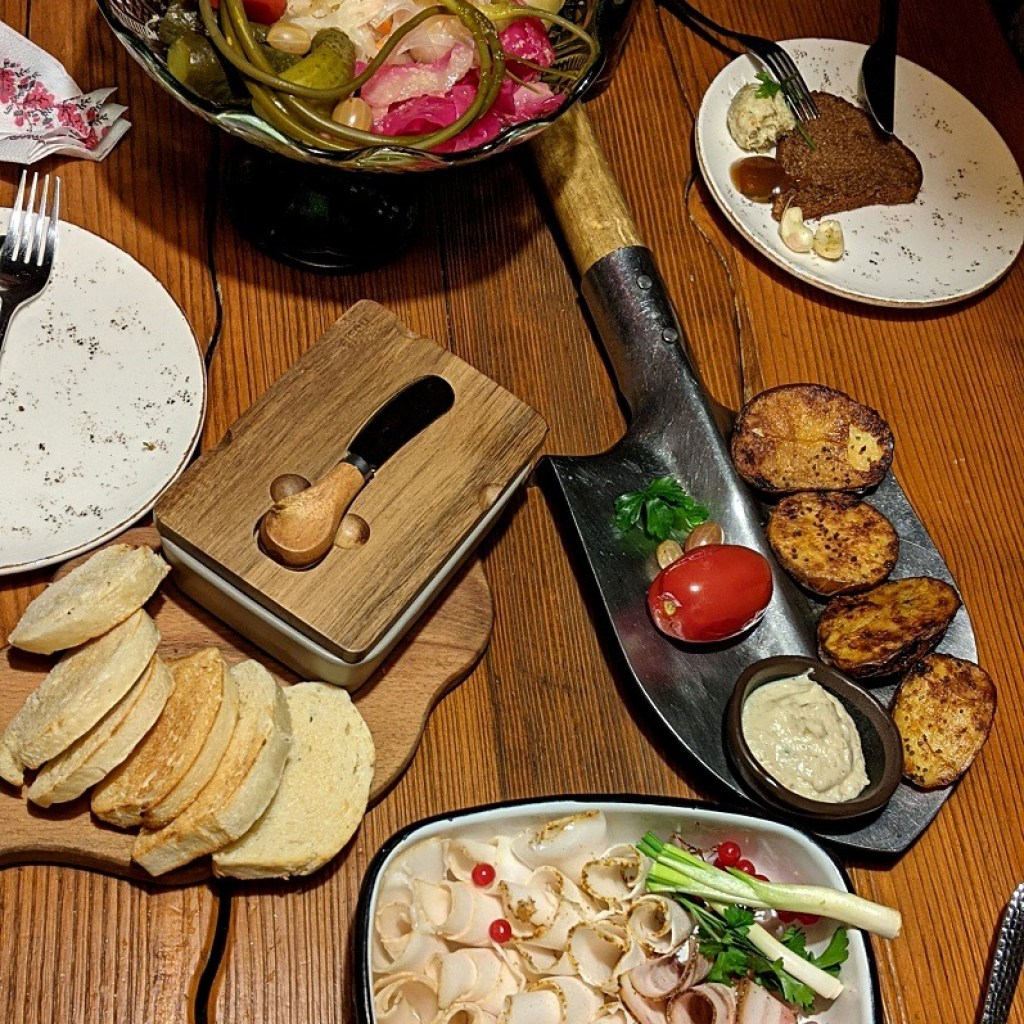 Experience Traditional Carpathians Dishes