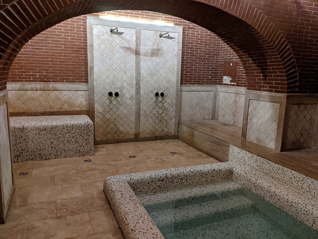 Guide to Tbilisi:: Relax At A Sulfur Bath