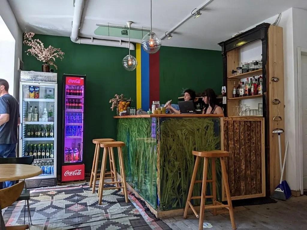 Pin Pon Cafe