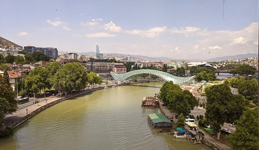Guide to Tbilisi: Have A Walk Through The Bridge Of Peace