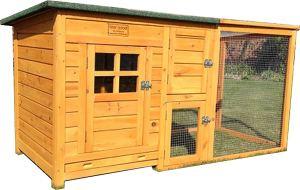 Legenester im Hühnerkäfig im Vergleich