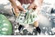 Geld aus Amerika nach Deutschland überweisen KOSTENLOS im Vergleich