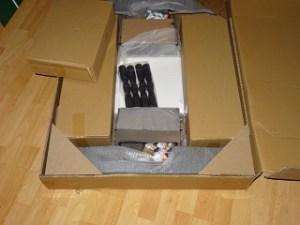 Verpackung und Lieferung des Izzy Kickertisch