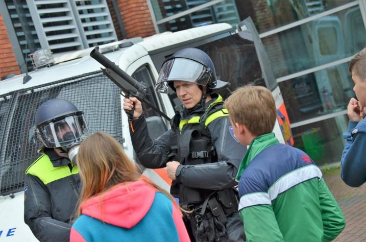 roefelen-jeugdaktiviteiten-JAM-markelo-PolitieHofvanTwente-Roefeldag-MMHN_20160525 (183)