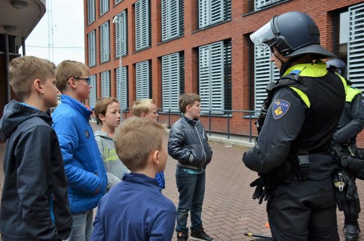 roefelen-jeugdaktiviteiten-JAM-markelo-PolitieHofvanTwente-Roefeldag-MMHN_20160525 (294)