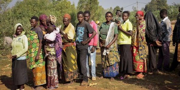 https://i2.wp.com/www.jeuneafrique.com/medias/2015/07/21/vote-burundi-592x296.jpg