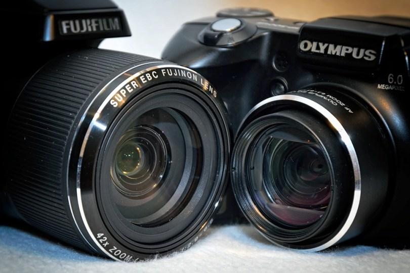 deux appareilles photos