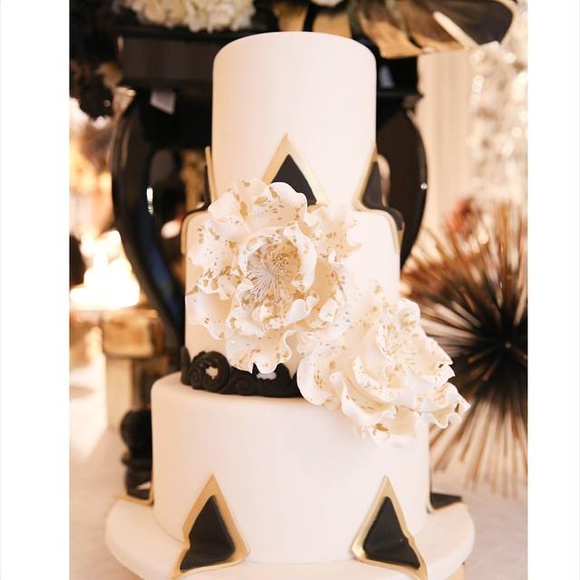 Inspiration-deco-mariage-noir-blanc-or-gatsby-jewanda-14
