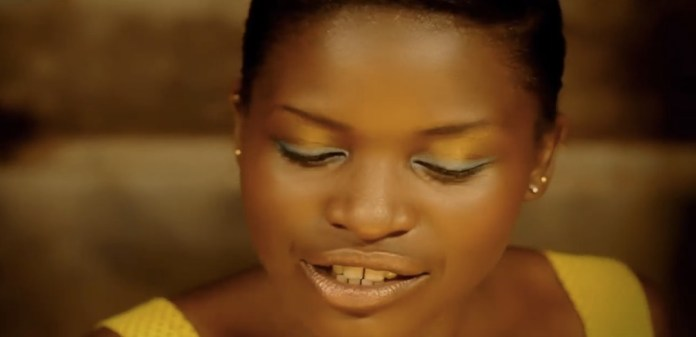 reniss-cest-la-vie-spechelle-make-up-jewanda