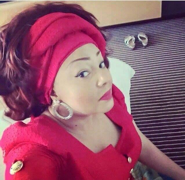 chantal-biya-selfie-jewanda